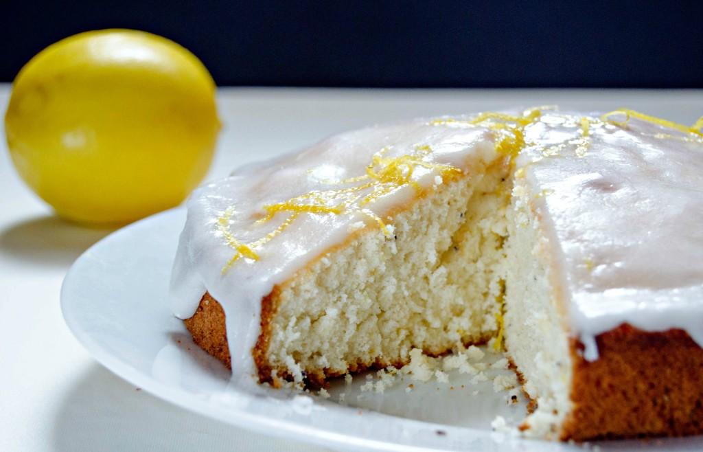 Easy Lemon Cake} – Tort rapid cu lamaie