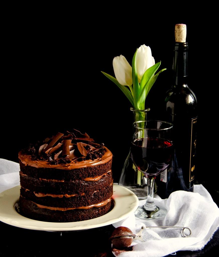 Red Wine Chocolate Cake} – Tort cu ciocolata si vin rosu